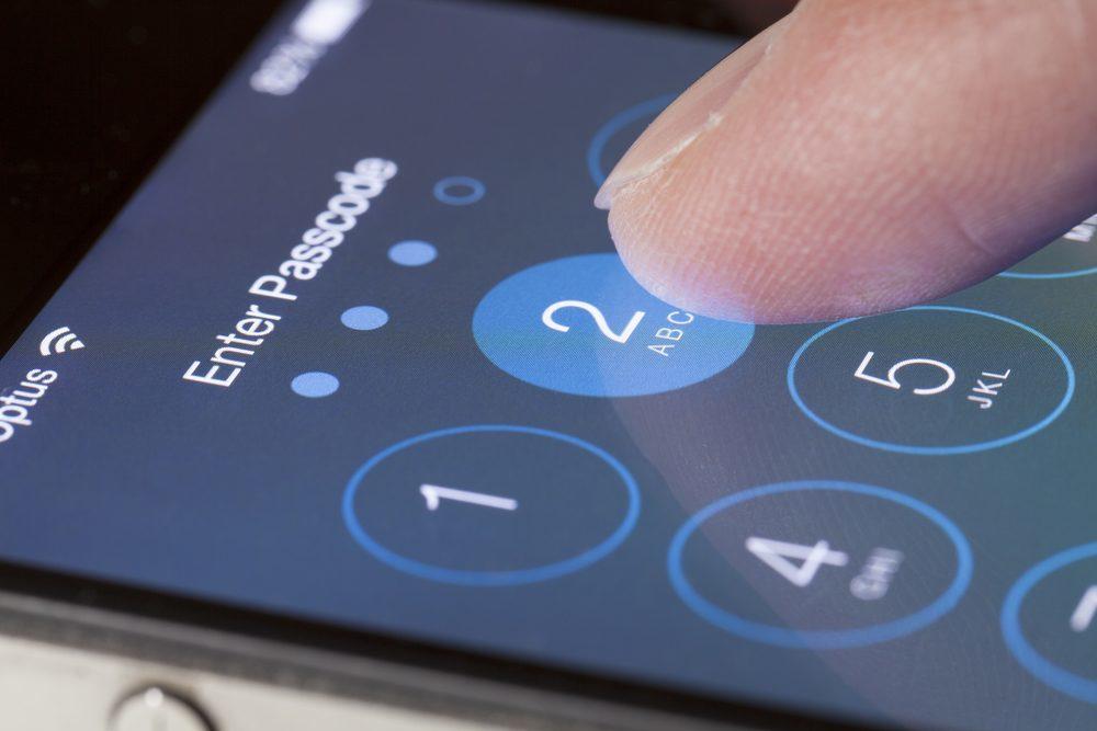 IOS 13 Lock Screen bug